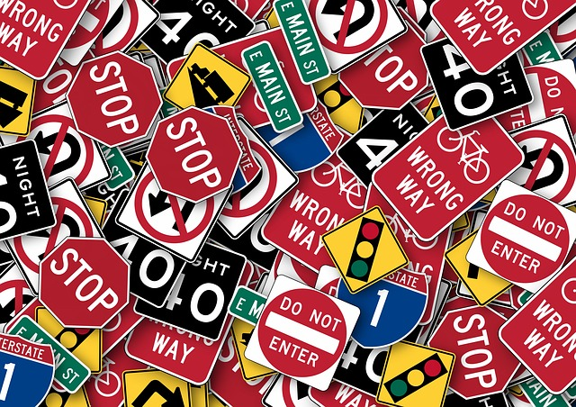 traffic signs which are related to traffic rules